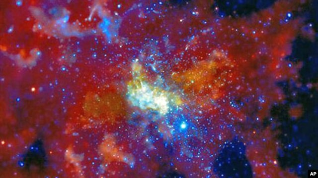 An image released by NASA shows Sagittarius A, the supermassive black hole at the center of the Milky Way Galaxy made from data provided by the Chandra X-ray Observatory, January 2010. (file photo)