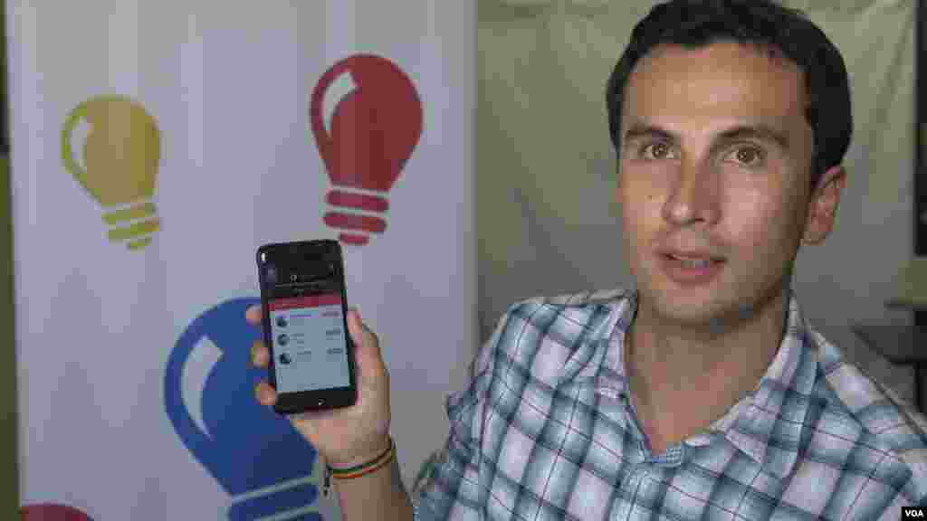 """Alejandro Carrasco, emprendedor boliviano, fue uno de los beneficiarios del programa de Manos. Ahora vive en California y continúa desarrollando su aplicación """"Dream Tuner""""."""