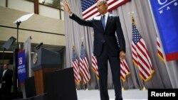 美国总统奥巴马8月5日在华盛顿美利坚大学