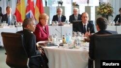 독일을 방문한 바락 오바마 미국 대통령이 18일 유럽 주요 5개국 지도자들과 회담했다.
