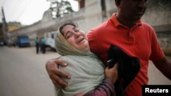 Bangladesh Court Sentences 152 to Death