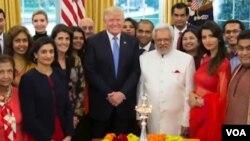 美國總統川普在白宮舉辦了一個點燈儀式,慶祝印度的排燈節。