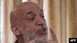 Хамид Карзай на конференции в Кабуле