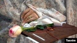 İranda hər il yüzlərlə yaşı 10-dan aşağı uşaq nikahı qeyd edilir.