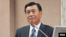 台湾国家安全局长彭胜竹在立法院接受质询(美国之音张永泰拍摄)
