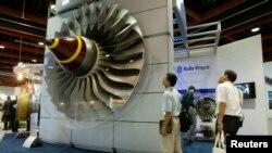 Model mesin pesawat Rolls-Royce yang dipamerkan di Taipei. (Foto: Dok)