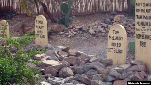 Boot Hill in Tombstone, Arizona contains the remains of gun fighters who lost their lives in the wild west town.
