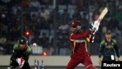 پاکستان کو شکست، ویسٹ انڈیز سیمی فائنل میں