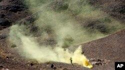 지난 9일 예멘 사나 북부 사리프 지역에서 예멘 군의 대테러 훈련이 진행되고 있다. 미 특수군은 오바마 행정부의 방침에 따라 예멘 군의 대테러 훈련을 증대시켜 왔다.