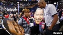 Barack Obama les dijo a los voluntarios de su campaña que no podía exponerlos al riesgo de severas tormentas.