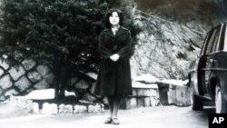 일본 납북자가족협회가 공개한 요코타 메구미의 사진. 북한의 알려지지 않은 장소에서 촬영됐다.