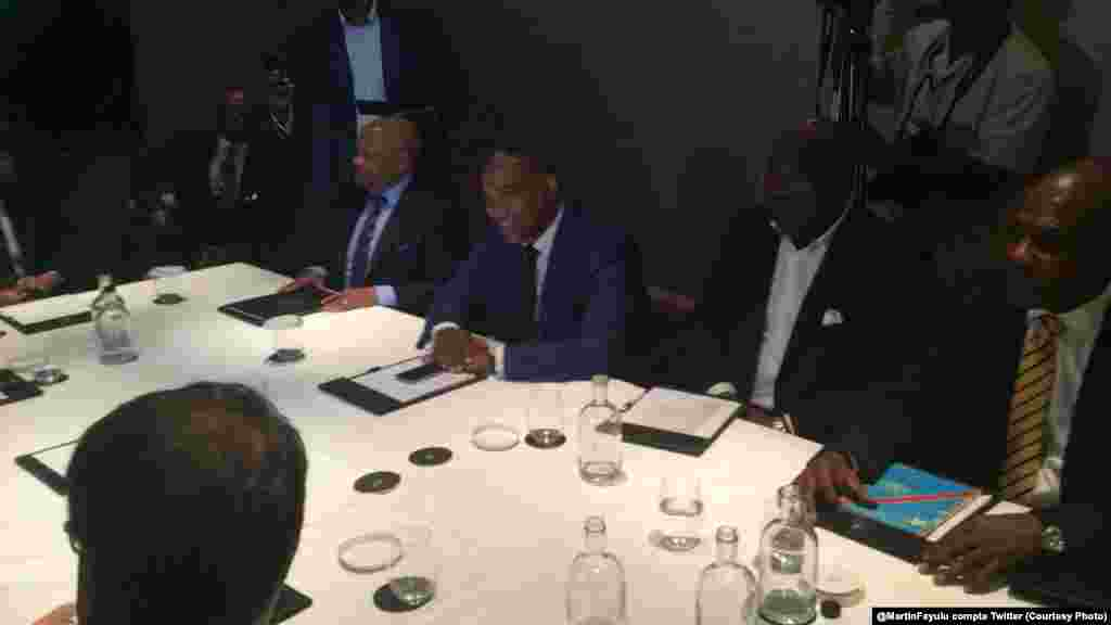 Le groupe de soutien international à la facilitation du dialogue a discuté dimanche à Bruxelles avec quelques membres de l'opposition congolais réunis autour d'Etienne Tshisekedi, leader de l'Udps, à Bruxelles, Belgique, 10 juillet 2016/@MartinFayulu comp