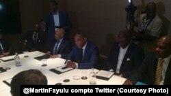 Discussions à Bruxelles autour d'Etienne Tshisekedi, leader de l'UDPS le 10 juillet 2016. (Twitter/ Martin Fayulu)