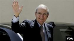 Utusan AS George Mitchell kembali mengadakan pertemuan terpisah dengan pemimpin Palestina dan Israel hari ini.