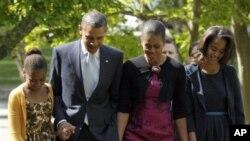 Keluarga Presiden Obama membayar pajak federal lebih dari 162 ribu dolar AS untuk pendapatan tahun 2011 (foto: dok).
