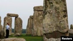 U.S. President Barack Obama visits Stonehenge in Wiltshire in the United Kingdom, Sept. 5, 2014.