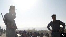 تسلیم شدن 50 تندرو مسلح به روند صلح