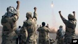 Испытательный запуск баллимстической рвкеты. Иран 3 июля 2012 г.