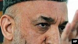 افغانستان انتخابی کمیشن: چوٹی کے عہدیدار مستعفی