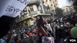 La multitud desborda la emblemática Plaza Tahrir de El Cairo.