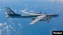 Pesawat pembom strategis Rusia, Tu-95 Bear H (foto: dok).
