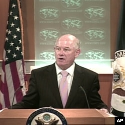 State Department spokesman Philip Crowley (file photo)