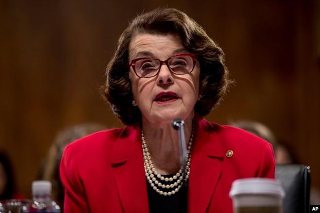 Senadora por California, Dianne Feinstein.