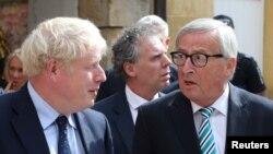 İngiltere Başbakanı Boris Johnson ve AB Komisyonu Başkanı Jean Claude Juncker