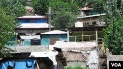 مہاجرین کے زیرِ استعمال مکانات