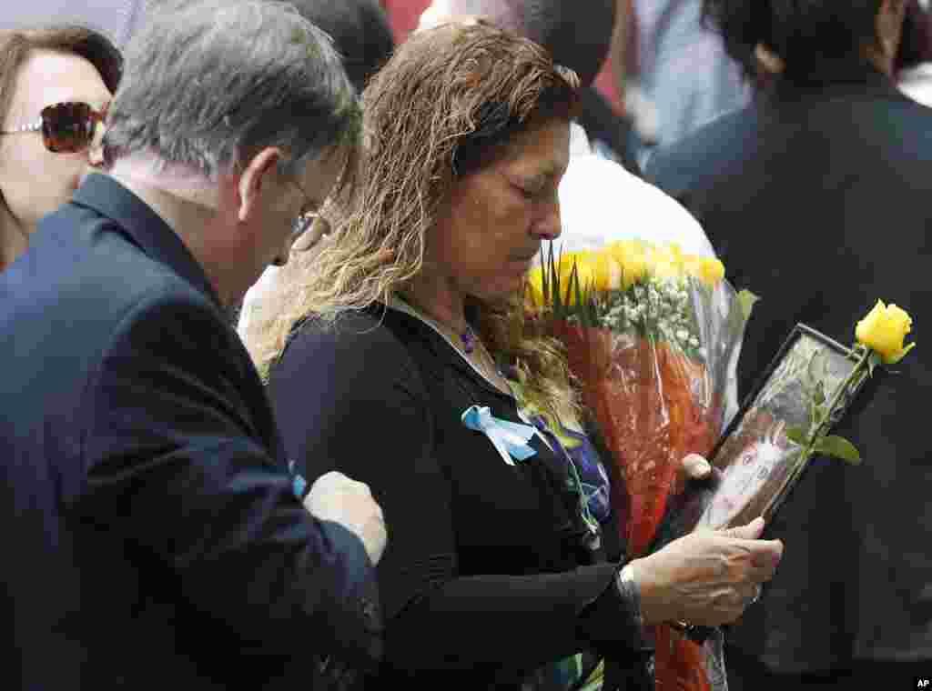 شرکت کنندگان در مراسم یادبود در نیویورک