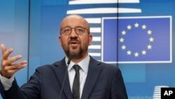 Президент Европейского совета Шарль Мишель выступает на пресс-конференции в здании Европейского совета в Брюсселе, 19 августа 2020 г.