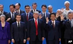 Дональд Трамп серед світових лідерів на саміті в Буенос-Айресі