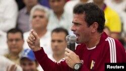 El expresidente colombiano ha acusado a Chávez de asesino y ha manifestado su apoyo a Capriles.