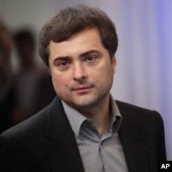 被称为普京政体设计师的苏尔科夫