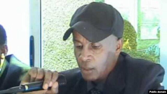 Ethiopian blogger Eskinder Nega during a press conference televised on ETV (Ethiopian television), Sept. 19, 2011.