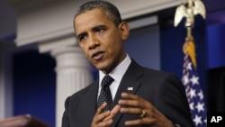 Tổng thống Hoa Kỳ Barack Obama nói chuyện tại phòng họp báo trong Tòa Bạch Ốc, 20/8/12