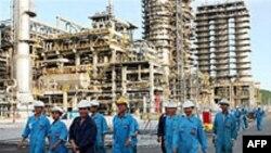 VN dự kiến lượng than, dầu thô xuất khẩu sẽ giảm trong năm 2010