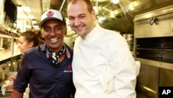 Chefs Marcus Samuelsson and Daniel Humm (right) are shown in 2015. (Photo by Mark Von Holden/Invision for James Beard Foundation/AP Images)