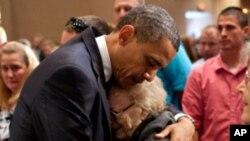 اوباما توپان ځپلو سیمو ته سفر وکړ