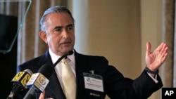 Gustavo A. Cisneros, presidente de las compañías, Grupo Cisneros, es el venezolano más rico con $3.6 mil millones de dólares.