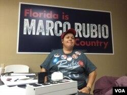 ຜູ້ອາສາມະໝັກໃນການໂຄສະນາຫາສຽງ ສຳຫຼັບທ່ານ Marco Rubio ສັງກັດພັກ Republican Florida, 14 ມີນາ, 2016.