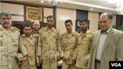 مراسم استقبال از مرزبانان آزاد شده، در محل استانداری سیستان و بلوچستان- منبع عکس: خبرگزاری تسنیم