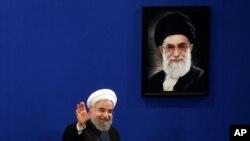 El presidente iraní, Hassan Rouhani, dice que todos en Irán,incluyendo los intransigentes, cumplirán con el acuerdo nuclear.