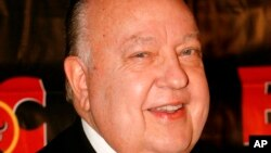 راجر ایلز رئیس مستعفی شبکه فاکس نیوز آمریکا - آرشیو