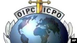 Líbia: Interpol lança alerta internacional contra Kadhafi e seus colaboradores