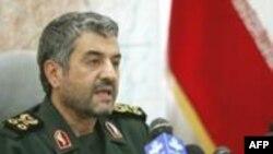 يک نماينده مجلس ادعاهای فرمانده کل سپاه پاسداران مبنی بر کشته شدن ٢٠ بسيجی را رد کرد