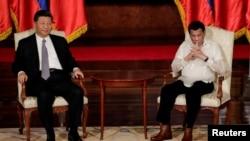 中國國家主席習近平與菲律賓總統杜特爾特2018年11月20日在菲律賓馬尼拉舉行會晤。