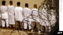 İki Uygur Tutuklu Guantanamo'dan İsviçre'ye Gönderildi