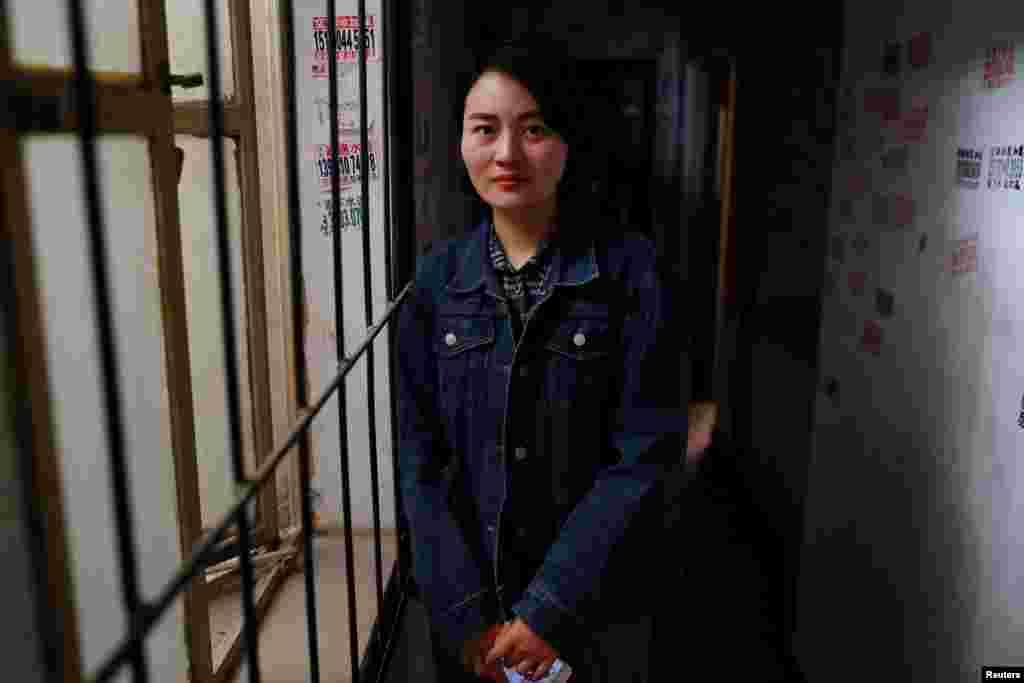 被拘留维权律师王全璋的妻子李文足在北京(2018年4月12日)。