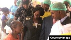 MDC Leader Nelson Chamisa Visit Cholera Affected Glen View3